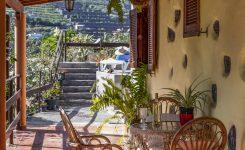 Los hoteles advierten: o se reactiva ya el turismo o se irá a un «cierre masivo» de establecimientos
